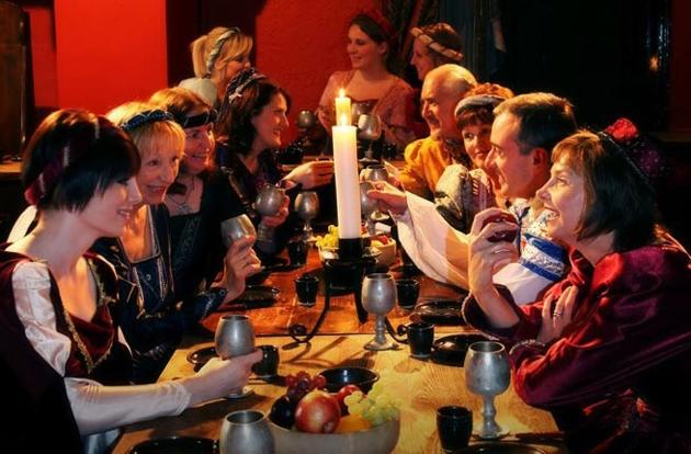 3-medieval-banquet-ruthin-castle-wales